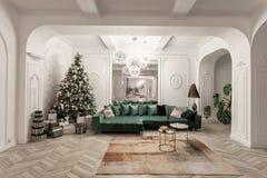 Sera di natale appartamenti lussuosi classici con l'albero di Natale decorato Grande specchio vivente del corridoio, sofà verde immagini stock libere da diritti