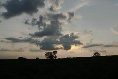 Sera di tramonto sull'azienda agricola Fotografie Stock Libere da Diritti