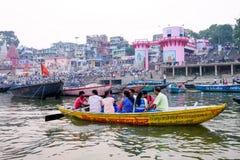 Sera di Varanasi al fiume di Ganga Immagine Stock
