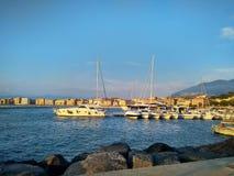 Sera e tramonto sul mar Mediterraneo fotografia stock