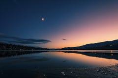 Sera a James Chabot Provincial Park, Invermere, Columbia Britannica, Canada fotografia stock libera da diritti