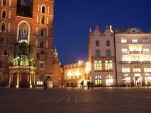Sera nella città di Cracovia, Polonia fotografia stock libera da diritti