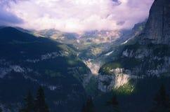 Sera nelle alpi svizzere, regione di Jungfrau Fotografia Stock