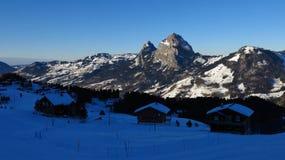 Sera in Stoos, alpi svizzere Fotografia Stock Libera da Diritti