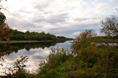 Sera sul fiume Fotografia Stock Libera da Diritti