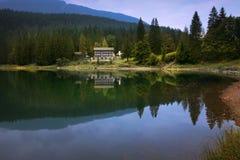 Sera svizzera del lago Immagine Stock