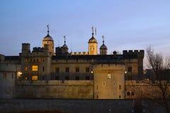 Sera tardi sopra la torre di Londra Immagine Stock Libera da Diritti