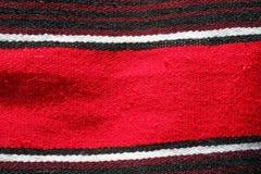 Serape ou cobertor mexicano vermelho Foto de Stock Royalty Free