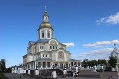 Seraph von Sarov im Seraph-Diveevokloster der Heiligen Dreifaltigkeit in Diveevo, Russland lizenzfreie stockfotos