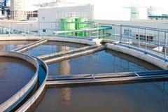 Serbatoi dei sistemi di trattamento delle acque di rifiuto Fotografie Stock