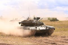 Serbatoi di T-64BM Bulat Immagine Stock