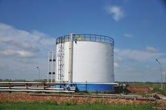 Serbatoi e tubi dell'olio Immagini Stock Libere da Diritti