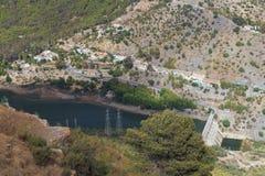 Serbatoio di acqua e diga Immagini Stock Libere da Diritti