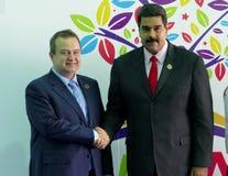 Serbiens Außenminister Ivica Dacic und venezolanischer Präsident Nicolas Maduro Stockbild