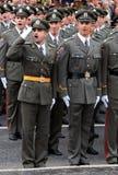 2 serbiska nya tjänstemän Royaltyfri Foto