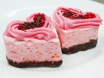 Serce forma zasycha słodkiego karmowego deser na valentines dniu zdjęcia stock