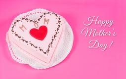 Serce kształtujący tort dla matka dnia fotografia royalty free