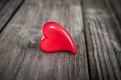 Serce na grunge drewnianym tle dostępny karciany dzień kartoteki valentines wektor Obraz Stock