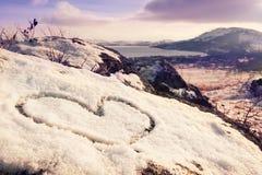 Serce na śniegu Zdjęcia Royalty Free