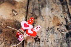 Serce na starej drewnianej podłoga Zdjęcie Stock