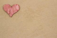Serce w piasku. Zdjęcie Royalty Free