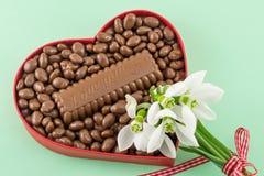 Serce wypełniający z czekoladą Fotografia Royalty Free