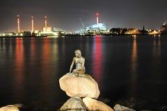 A sereia pequena, Copenhaga, Dinamarca fotos de stock