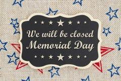 Seremos mensaje cerrado de Memorial Day imagen de archivo
