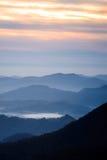 Serene Blue Ridge Mountains Sunrise arkivbilder