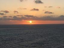 Serene Caribbean Sea Sunrise Fotos de Stock