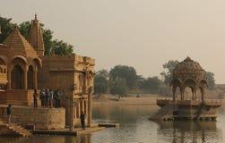 Serene Gadisar Lake dans Jaisalmer photo libre de droits