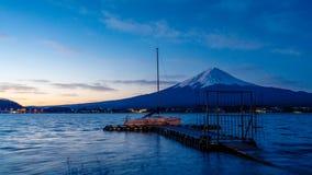 Serene Mount Fuji View Scenery immagine stock