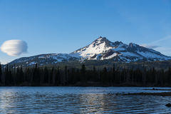 Serene view of mountain reflected in lake Royalty Free Stock Images