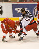 Sergei Fedorov Faces Off Against Kris Draper Royalty Free Stock Photography