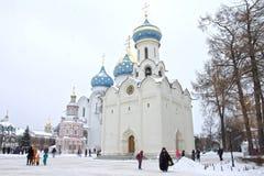 Sergiev Posad,俄罗斯:2016年12月10日 圣洁三位一体St Sergius拉夫拉 免版税库存图片