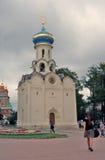 三位一体Sergius拉夫拉在俄罗斯 教会圣灵 免版税库存照片