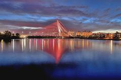 Seri wawasan bridge in blue hour Royalty Free Stock Photos
