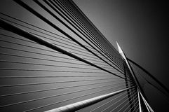 Seri Wawasan Bridge in Schwarzweiss Lizenzfreies Stockfoto