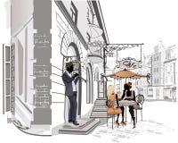 Serie av gatorna med folk i den gamla staden