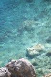 Serie av stenhavsstranden Arkivfoton