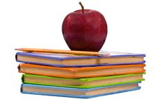 Serie de la educación (libros con una manzana) Foto de archivo libre de regalías
