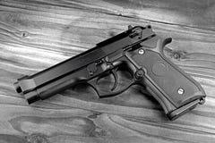 Serie dell'arma Primo piano moderno della rivoltella M9 dell'esercito di Stati Uniti S Rivoltella M9 dell'esercito Fotografia Stock