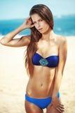 Serie della spiaggia del modello di moda Fotografia Stock Libera da Diritti