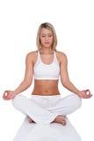 Serie di forma fisica - donna bionda nella posizione di yoga Fotografia Stock Libera da Diritti