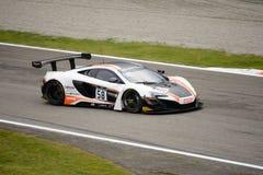 Serie McLaren 650S de Blancpain GT que compite con en Monza Fotografía de archivo