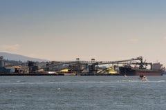 In serie spedisca i carichi nel porto di Vancouver Immagini Stock