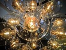 Serie van verlichte gloeilampen Stock Afbeelding