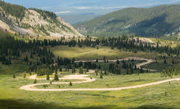 Series of bends on Cottonwood pass dirt road Royalty Free Stock Photos