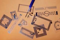 Seringa da implantação do RFID e etiquetas do RFID foto de stock royalty free