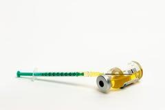 Seringue avec une ampoule Photo libre de droits